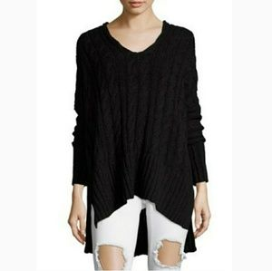 🆕⭐Black chunky cable knit tunic sweater ⭐